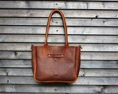 Leather bag in cognac,(small size)hand bag,shoulderbag with leather shoulderstrap
