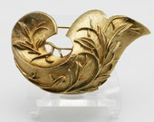 Vintage Sarah Coventry Golden Brocade Brooch
