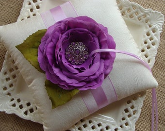 Wedding Ring Bearer Pillow - Lavender Ranunculous on IvoryCrinkled Tafetta with Leaves