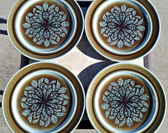 Vintage Franciscan Nut Tree Earthenware Dinner Plates - Set of 6 - Stylistic Flower Mod Pottery Dinner Plates