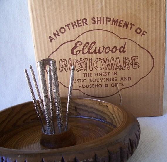 Vintage Ellwood Rusticware wood slice nut bowl set with cracker and 5 nut picks in original box.
