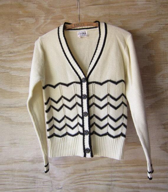 Vintage Spring Cardigan Chervon Pattern