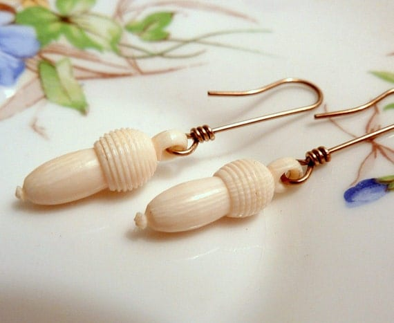 Ivory Acorn Dangle Earrings Pre ban Victorian Antique Carved Ivory Drops