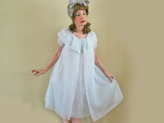 Peignoir Set  50s Vintage Baby Doll Robe & Nightgown  MINT