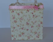 Unique, handmade Shabby Chic gift bags for a friend or family member