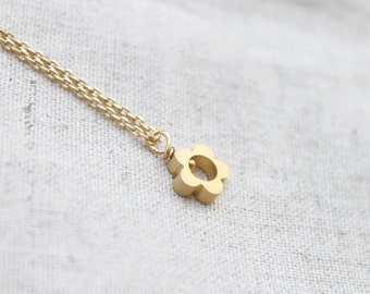 Cute tiny Flower Necklace - S2288 -2