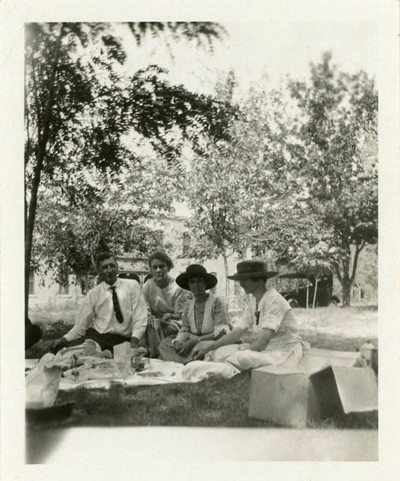 "Vintage Photo ""Summer Picnic"", Photography, Paper Ephemera, Snapshot, Old Photo, Collectibles - 0005"
