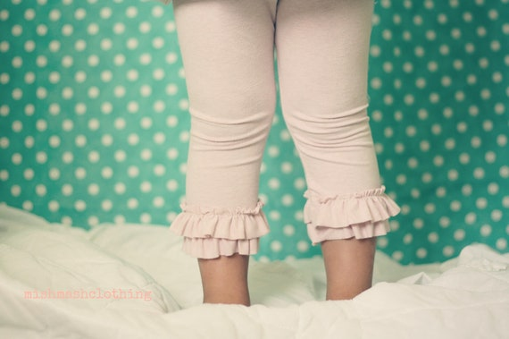 Ruffle leggings capri length made to order newborn 3 6 9 12 18 2t 3t 4t 5T white, pink or grey