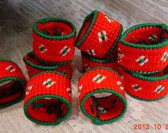 Vintage Needlecraft Christmas Napkin Rings