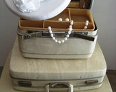 Vintage Luggage - SALE!  White 3 pc set- Very Good Condition - Mad Men 1960's Retro