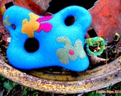 Cute Amoeba Plush 001: Blue & Magenta
