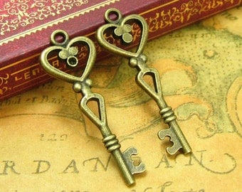 20 pcs Antique Bronze Skeleton Key Charms 40x14mm CH1083