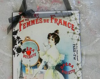 Parfums Des Femmes De France Decorative Plaque