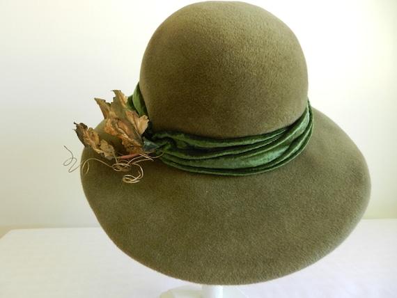Vintage Green Felt hat by Raymond Hudd
