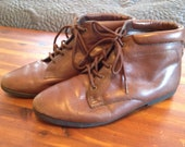 Medium Brown Short Boots Size 6.5 Granny Style