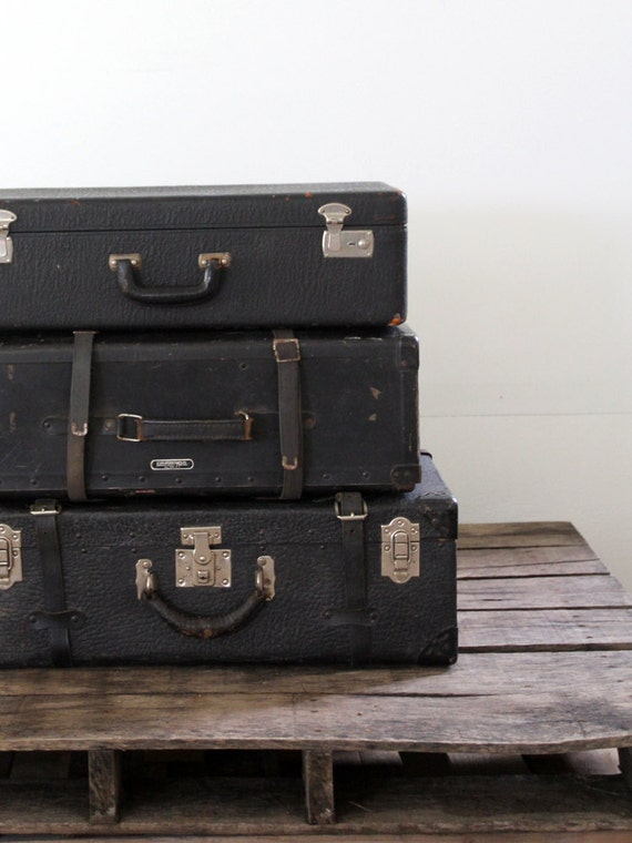 Vintage Suitcase // Black Leather Luggage