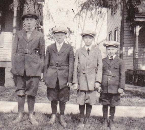 Father and Sons- Arranged By Height- 1910s Vintage Photograph