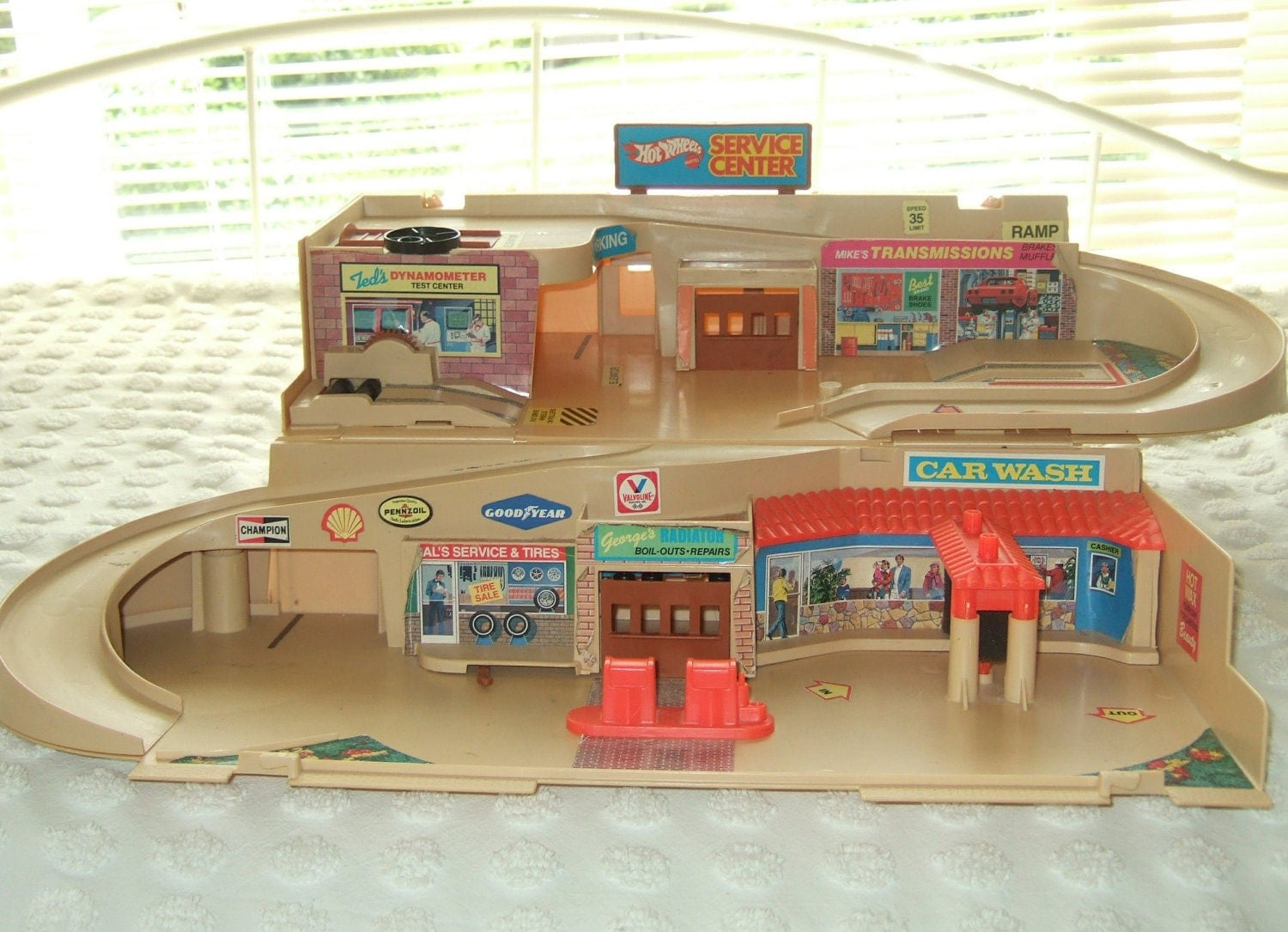 Vintage Hot Wheels Sto And Go Service Center Mattel 1979 In