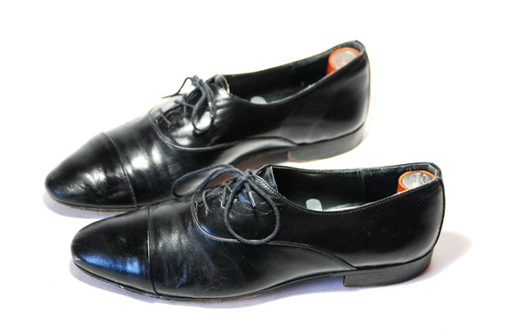 Vintage Womens US 9  Daniele Ferradini Black Leather Lace Up Oxfords