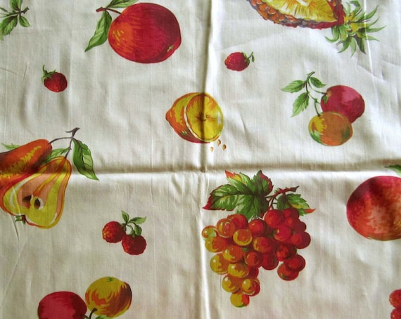 Vintage Cotton Fabric - Large Fruit on pale yellow background - ca 1950s - 1 yd