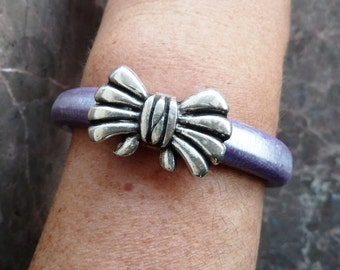 Purple leather bracelet with zamak clasp - licorice leather bracelet