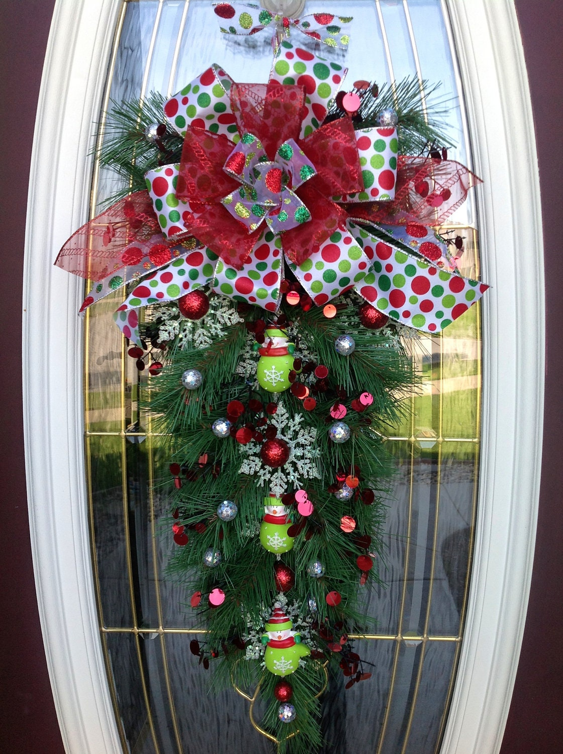 Christmas Wreath Door Teardrop Vertical Swag