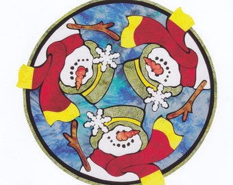 Christmas Snowmen Table Topper Pattern from Details by Diane