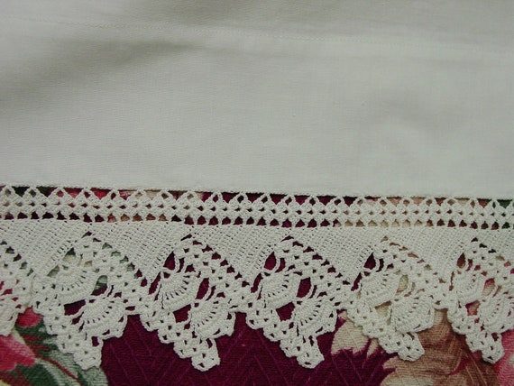 Lovely Single Pillowcase White with Wide Crocheted Lace Edge