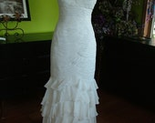 Wedding dress Ivory Ruched ultra fitted Ruffled Strapless Bridal gown