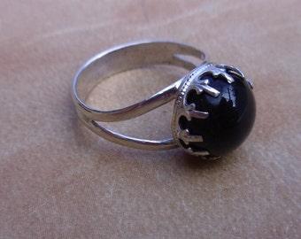 R37--Size 6 1/2 Black Onyx Gemstone Sterling Silver Vintage Style Ring