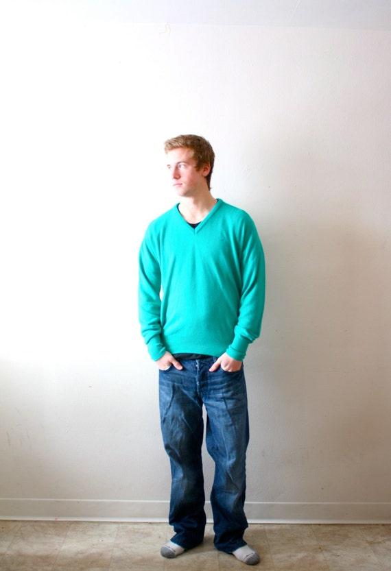 Sale:) Vintage retro mens turquoise sweater