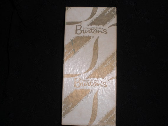 Vintage Jewelry Box Burtons Manchester Ct. Smiling Service 1950s