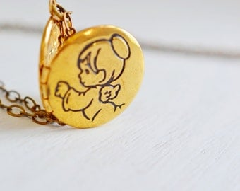 New Baby Necklace,New Mom Locket Necklace,Baby Shower Gift,Pregnancy gift, For Wife,Family Necklace,Brass Gold Locket,Baby Keepsake