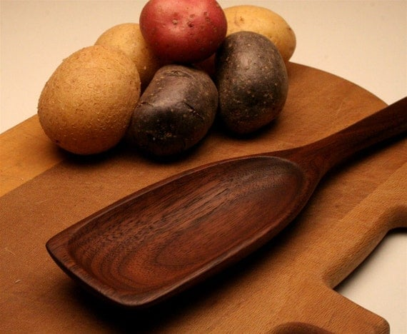 Handmade wooden spoon with flat end  made of Black Walnut wood