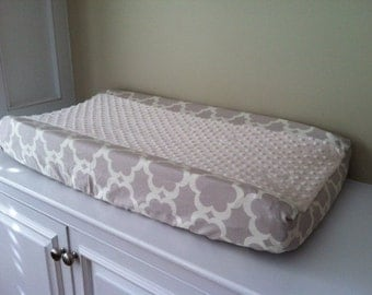 Changing Pad Cover with Minky Center - Taza Neutral