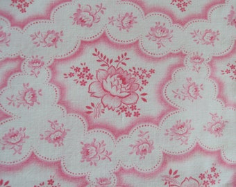 1 Yard Beautiful Vintage French Cotton Fabric Pink Roses Rosebuds Pillows Patchwork Quilting Lavender Bags Feedsack