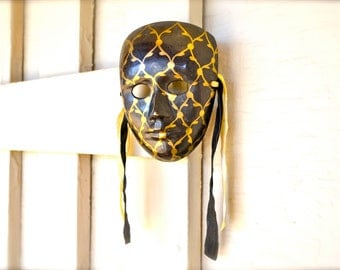 Vintage Medieval Iron Mask Black Gold Satin Ribbon Wall Hanging Harlequin Design Home Decor