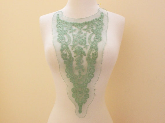 2pcs of  Green Color Cotton Embroidery Applique on Mesh Base.