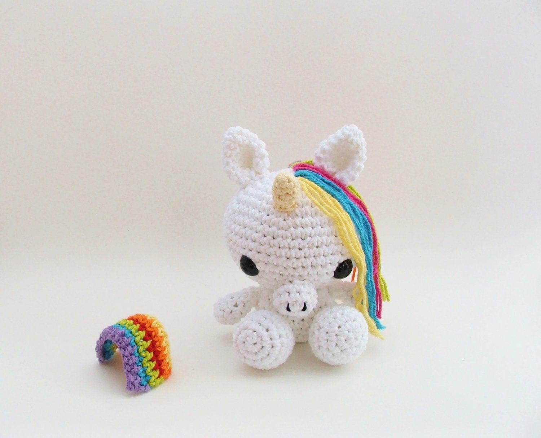 Unicorn Amigurumi : Crochet Unicorn / Crochet Christmas / by LittleBittyKnitter