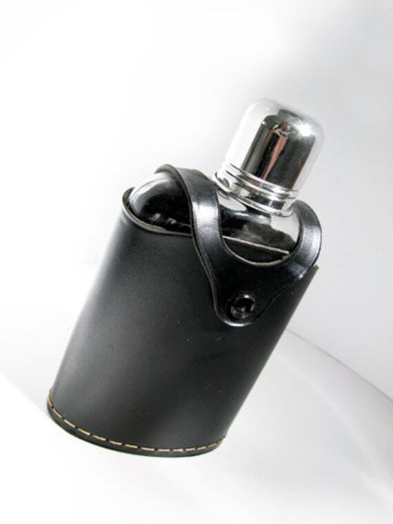 Vintage Swank Flask in Black. Vintage by My Chouchou on Etsy.