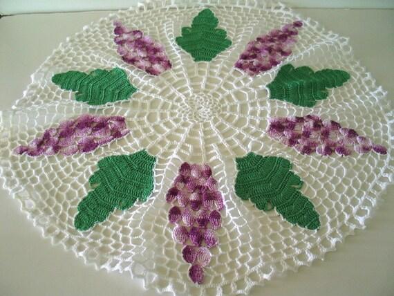 Kitschy White Crochet Doily Purple Grapes Green Leaves