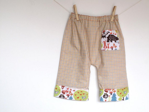On Sale. Baby boy pants, kid baggy style pants. Summer baby pants. Friends in the forest toddler trousers. Size 12-18 months, ready to ship.