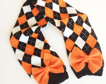 halloween orange and black argyle baby leg warmers with bow