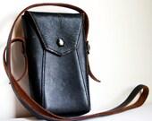 Small Leather Camera Case-Vintage 1940s Eastman Kodak Bag Handbag Purse Black and Brown