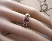 Vintage Estate Sterling Silver Amethyst Peridot Ring Size 7.5