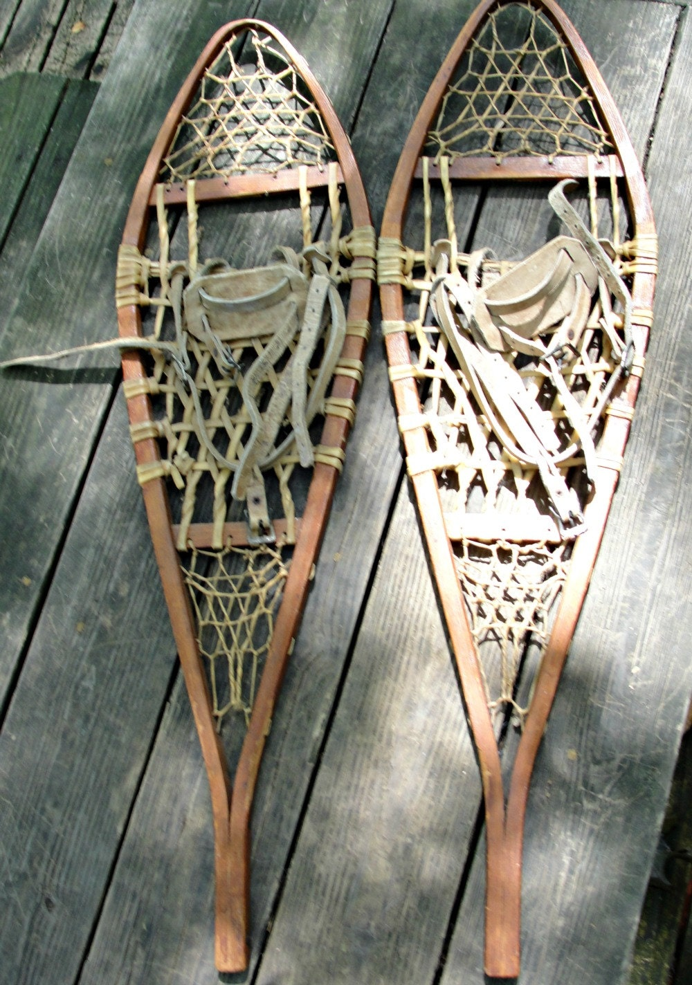 Vintage Snowshoes Wall Decor Sports Hiking Rustic Adirondack