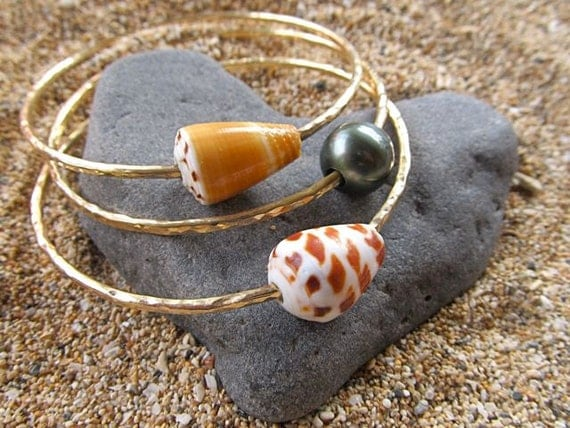 Gold Bangles Tahitian Pearl Hawaiian Shells 3 Thick Hammered