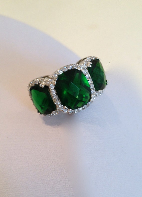 vintage emerald three estate jewelry ring