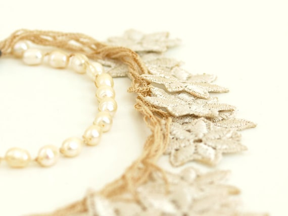 Pearl Chunky Crochet Lace Necklace White Ivory Bridal Statement Guipure Unique Jewelry Wedding