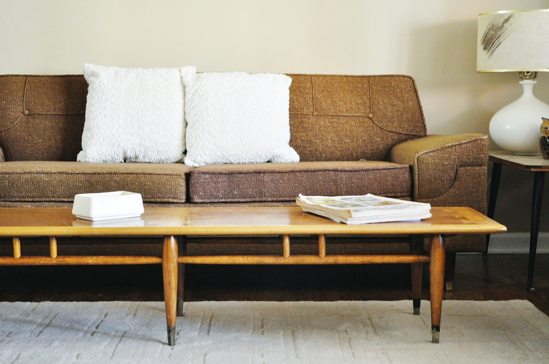 mid century coffee table 1960s lane acclaim table extra. Black Bedroom Furniture Sets. Home Design Ideas